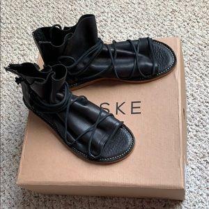 Baske California Lola Artisan Gladiator Sandals